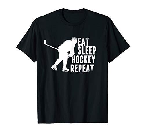 Herren Eishockey Spieler Schlittschuhe an und an den Stock und Puck T-Shirt