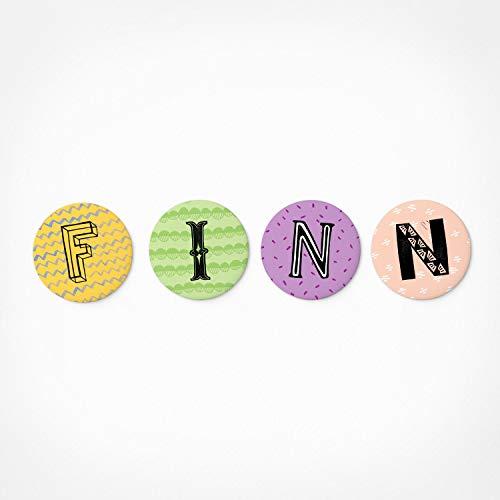 PICKMOTION Finn | Magnetbuchstaben Set | 4 Magnete - Babygeschenke mit Namen, für Magnet-Tafel, Magnet-Wand, Kinder-Zimmer, als Kühlschrank-Magnete, Durchmesser 3,2 cm -für Kinder, Buchstabenmagnete
