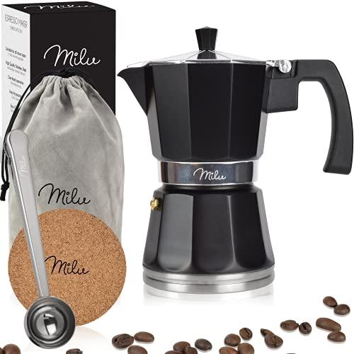 Milu Espressokocher Induktion geeignet | 3, 6, 9 Tassen| Aluminium Mokkakanne, Espressokanne, Espresso Maker Set inkl. Untersetzer, Löffel, Bürste (Schwarz, 6 Tassen (300ml)