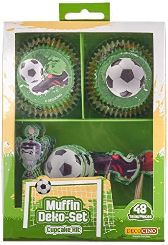 Decocino Muffinset Fußball | HOCHWERTIGE Fußball Muffin Deko von DEKOBACK | Deko für Fußballmuffins, Fußball Cupcakes, Fußballkuchen u.v.m. | 1 Pack (48 Teile: 24 Muffinförmchen, ø ca. 5 cm und 24 Muffinsticker) | Fußballdeko kaufen